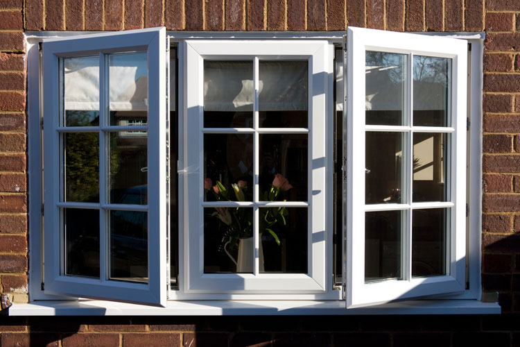 Timber alternative windows oxford mcleans windows for Upvc window quote